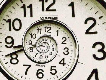 Украина перешла на летнее время. Нужно перевести часы