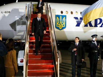 В Харькове опровергли информацию о приземлении Януковича