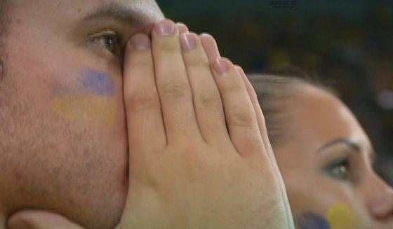 Скупая слеза скатилась на пол у многих футбольных болельщиков