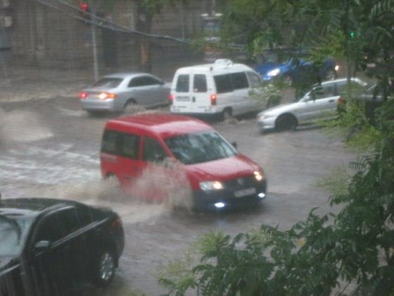 Потоп в Одессе - опять (фото + видео наводнения)