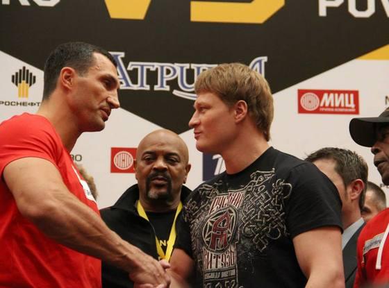 Кличко vs Поветкин - обмен взглядами перед боксерским поединком