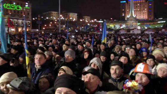 Кличко выступил на Евромайдане по поводу кредита Украины