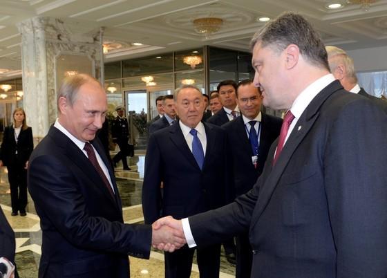 Путин и Порошенко провели переговоры в Минске